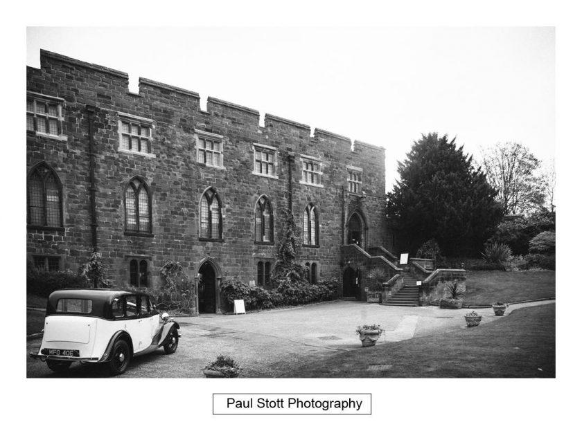 bridal_car_arriving_shrewsbury_castle