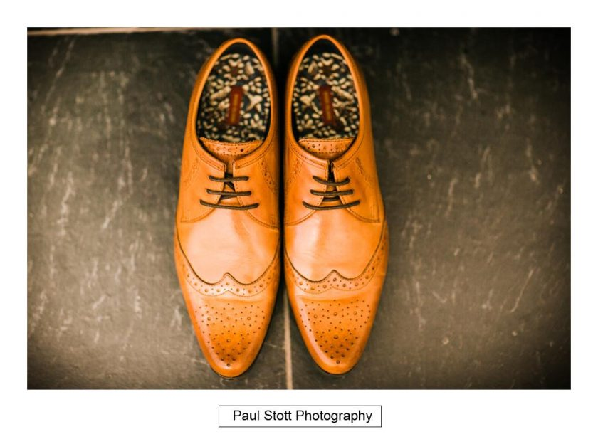 groom_shoes