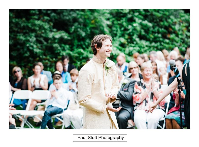 outdoor_wedding_ceremony_capel_manor_007