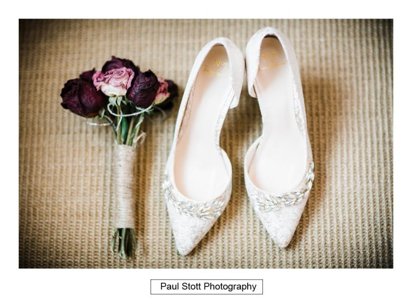 shoes_flowers