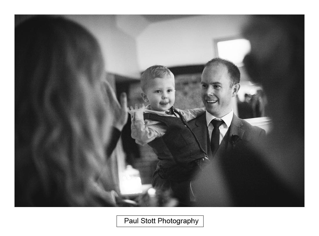 wedding guests lion pheasant 004 - Wedding Photography Shrewsbury Castle - Aprille and Steven