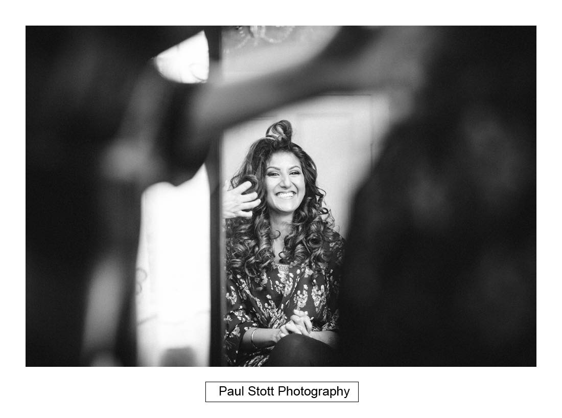 bridal preparation 001 - Wedding Photography Plaisterers Hall - Alvin and Zara
