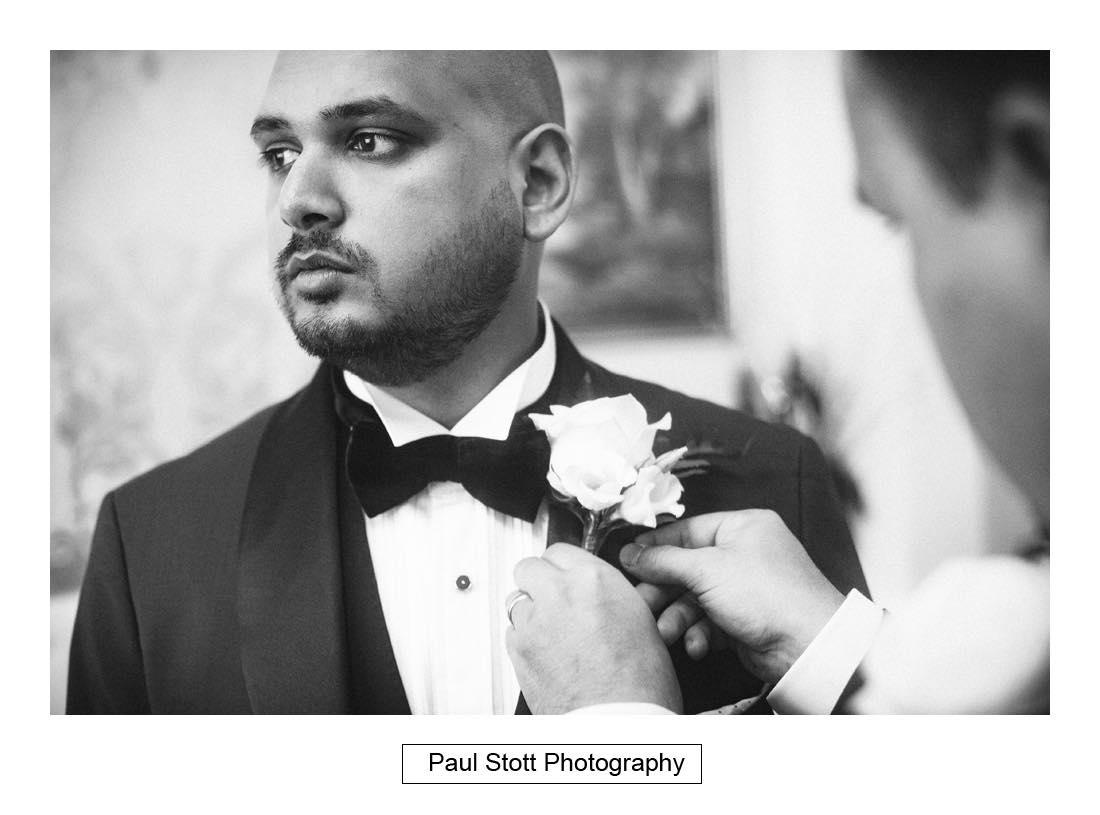 groom wedding preparation 009 - Wedding Photography Plaisterers Hall - Alvin and Zara
