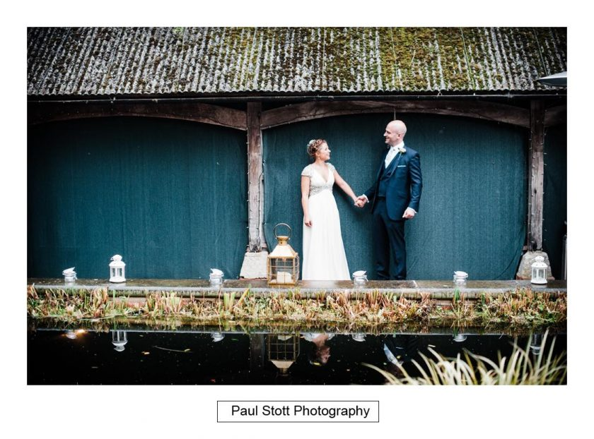 surrey_wedding_photographer_bartholomew_barn_001