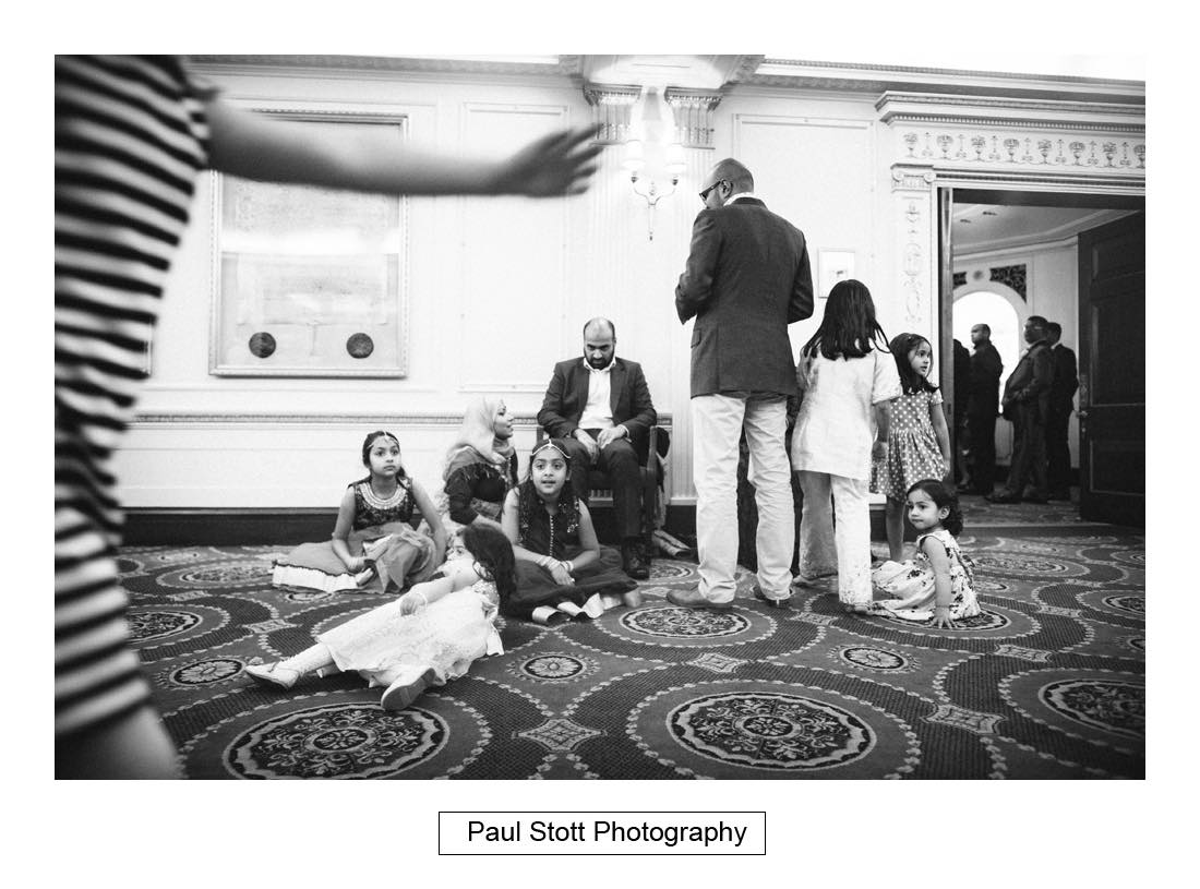 wedding guests 001 - Wedding Photography Plaisterers Hall - Alvin and Zara