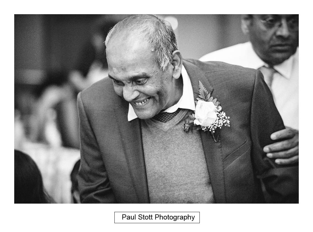 wedding guests 002 - Wedding Photography Plaisterers Hall - Alvin and Zara