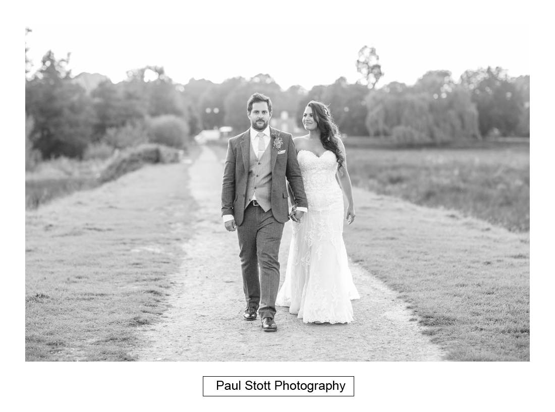 Wedding Photography Cowdray Walled Gardens – Laura and Alex