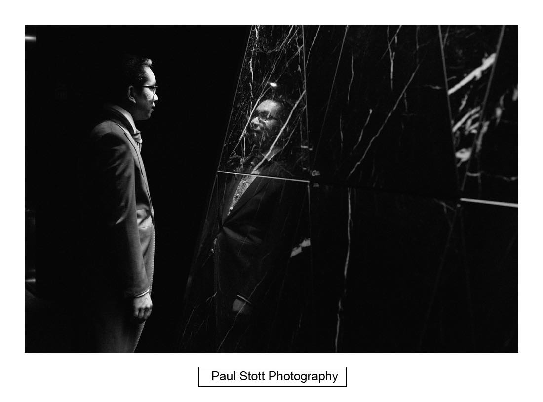 groom mirror reflection - Wedding Photography Somerset House - Christina and Colin