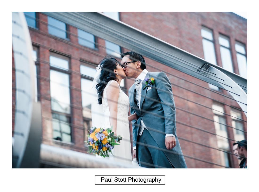 wedding photography millenium bridge 001 - Wedding Photography Somerset House - Christina and Colin