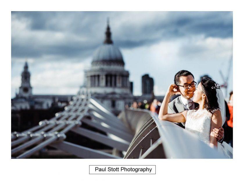 wedding_photography_millenium_bridge_st_pauls