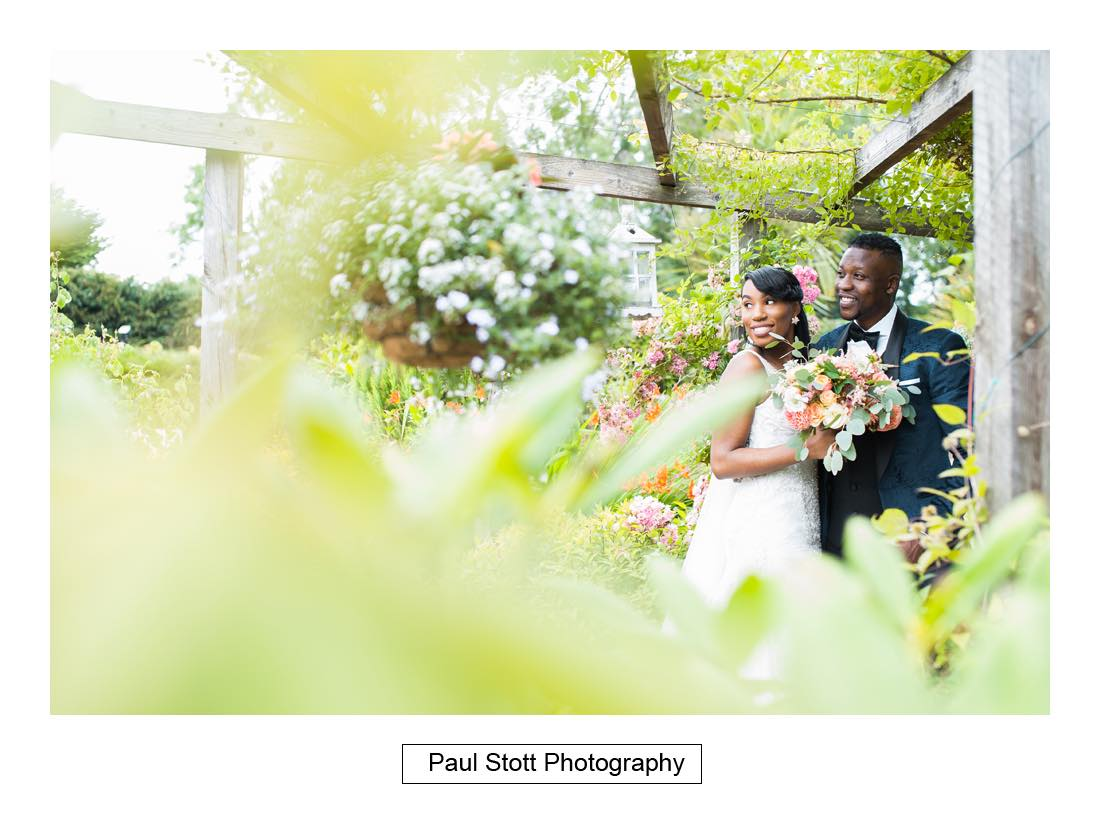 wedding photography russets 004 1 - Wedding Photography Russets Country House - Alisha and Oscar