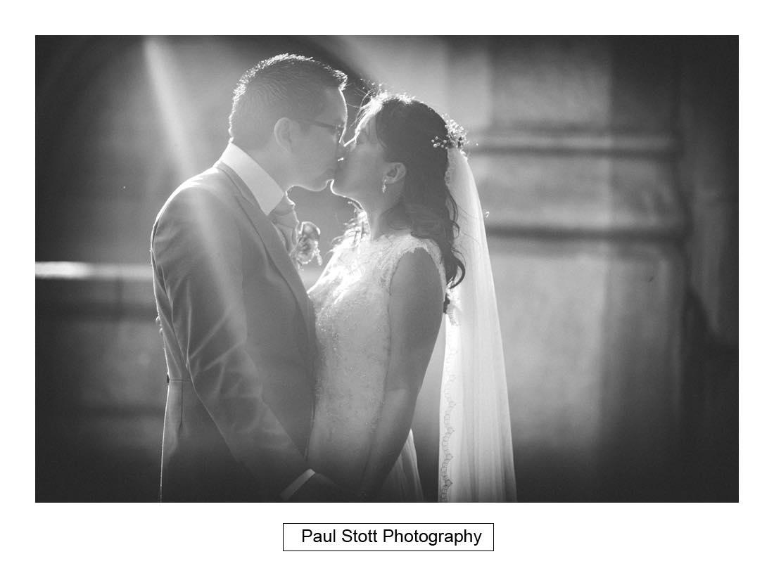 wedding photography sun rays - Wedding Photography Somerset House - Christina and Colin