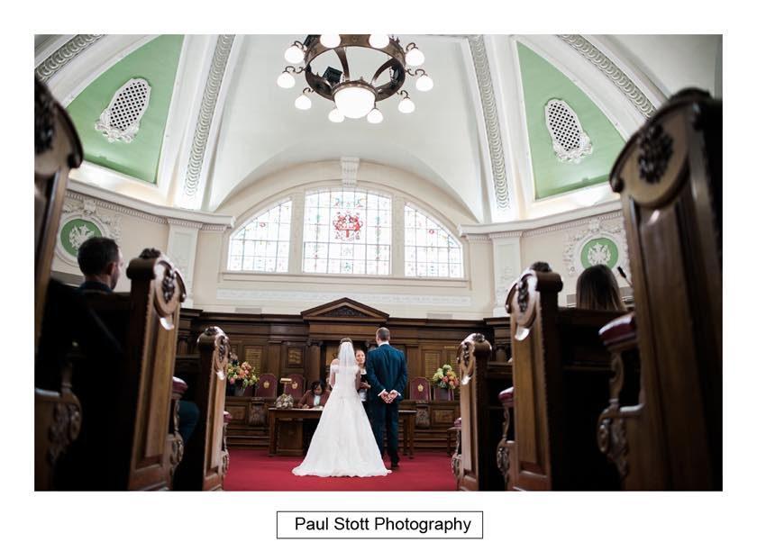 wedding_ceremony_islington_town_hall_004