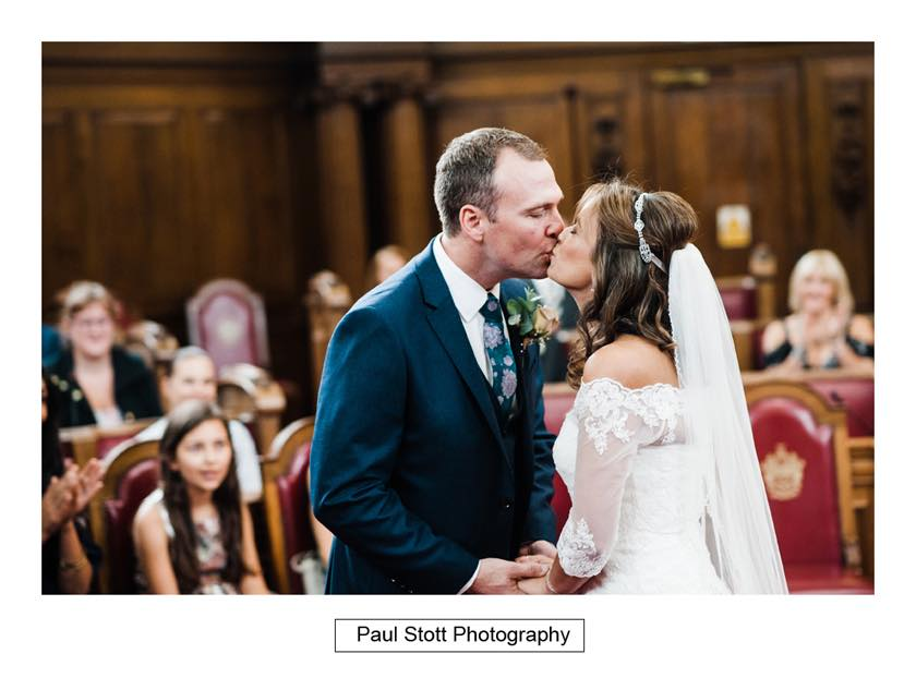 wedding ceremony islington town hall 005 - Leadenhall Market  Wedding Photography - Ben and Elle