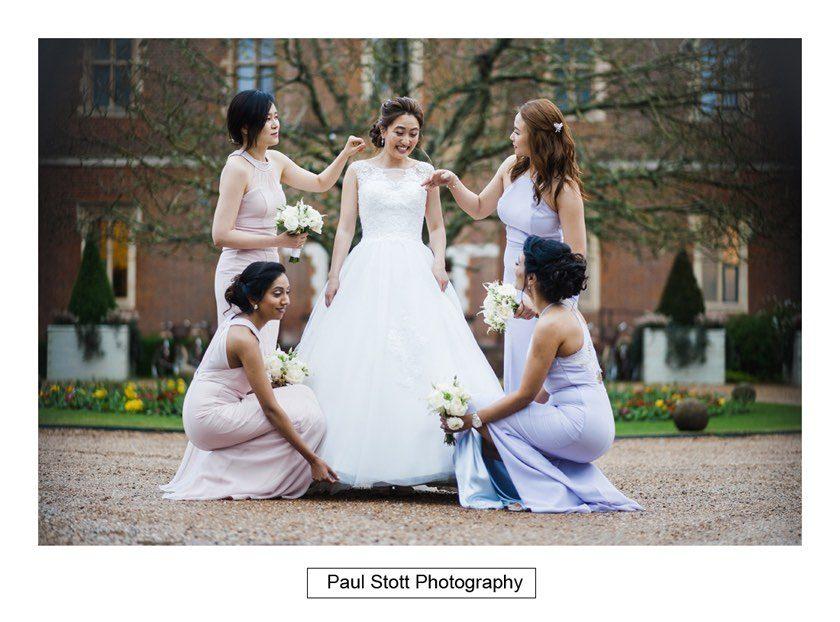 bride_bridesmaids_001