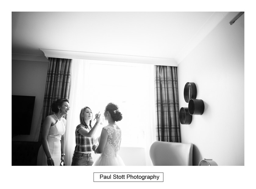 bride wedding preparation 008 - Wotton House Wedding Photography - Na Lee and James