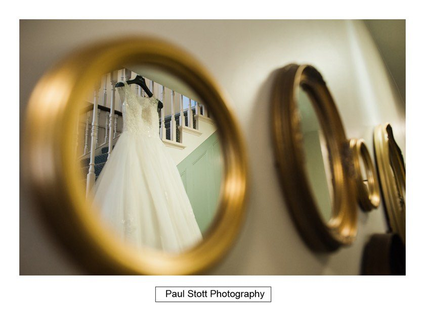 wedding_dress_mirror