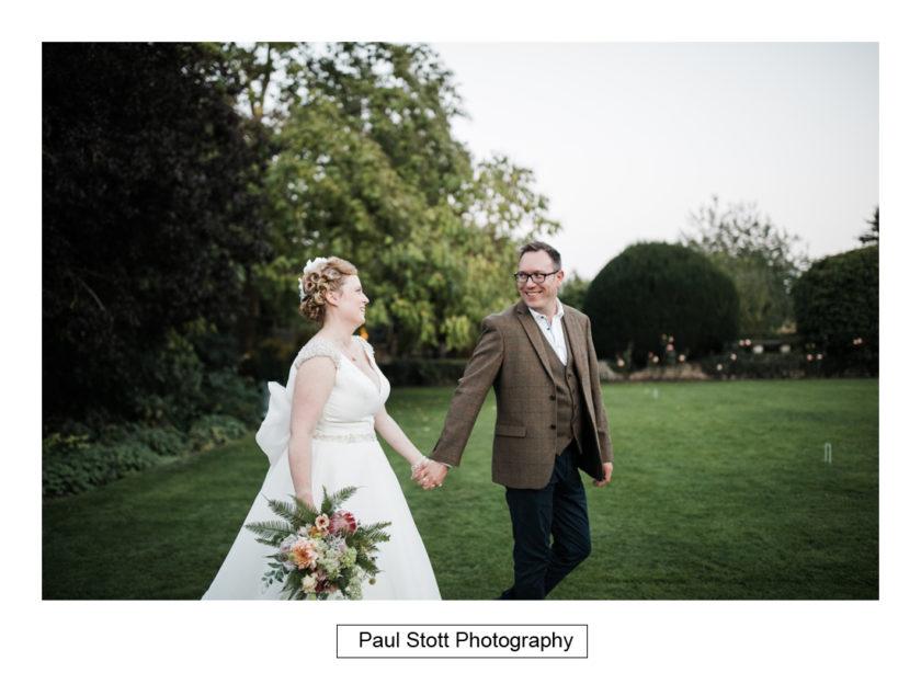 evening wedding photography quat de saisions 009 - Quat'Saisons Wedding Photography - Angela and Paul