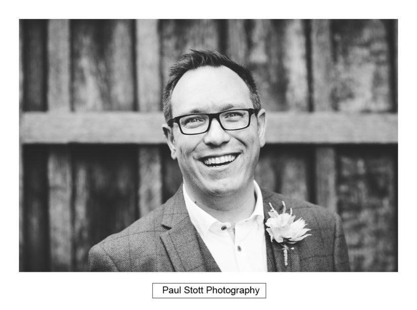 groom portrait - Quat'Saisons Wedding Photography - Angela and Paul