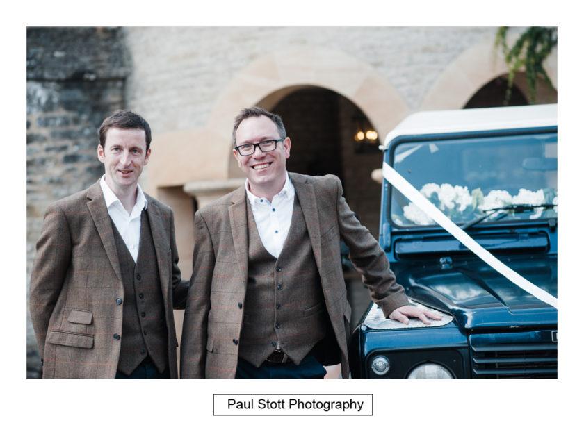 grrom arriving car 002 - Quat'Saisons Wedding Photography - Angela and Paul