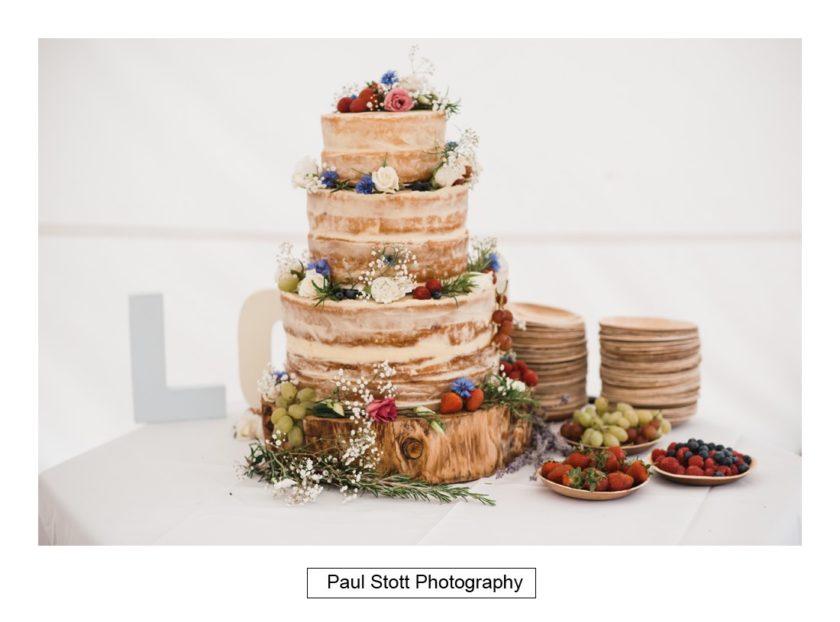 wedding cake 001 - Crow Farm - Gemma and Phil