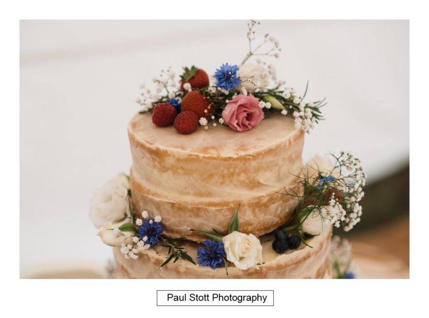 wedding cake 002 - Crow Farm - Gemma and Phil
