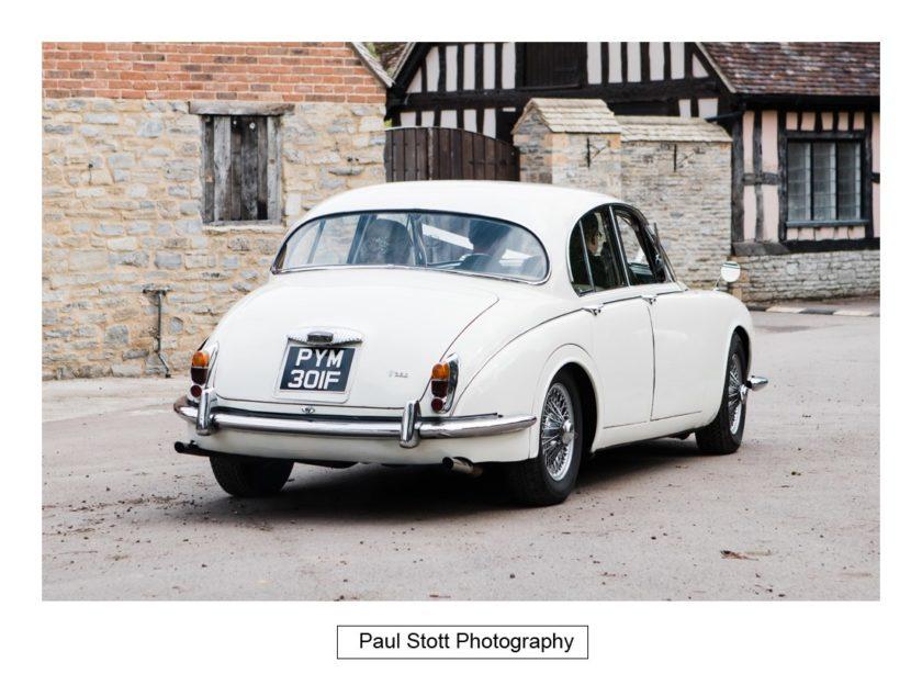 wedding car 002 - Crow Farm - Gemma and Phil