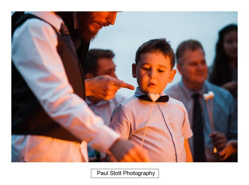 wedding_guests_crow_farm_020