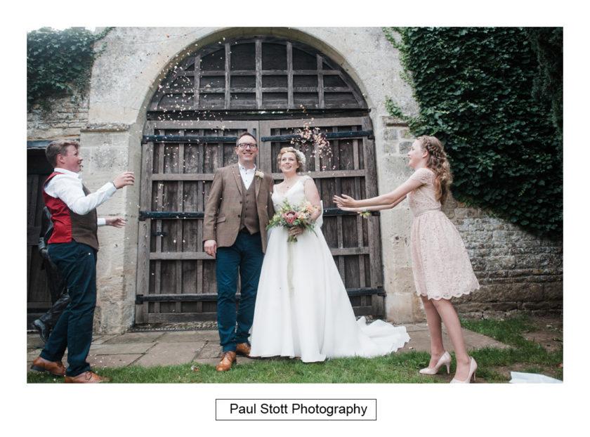 wedding guests lawn quat de saision 006 - Quat'Saisons Wedding Photography - Angela and Paul