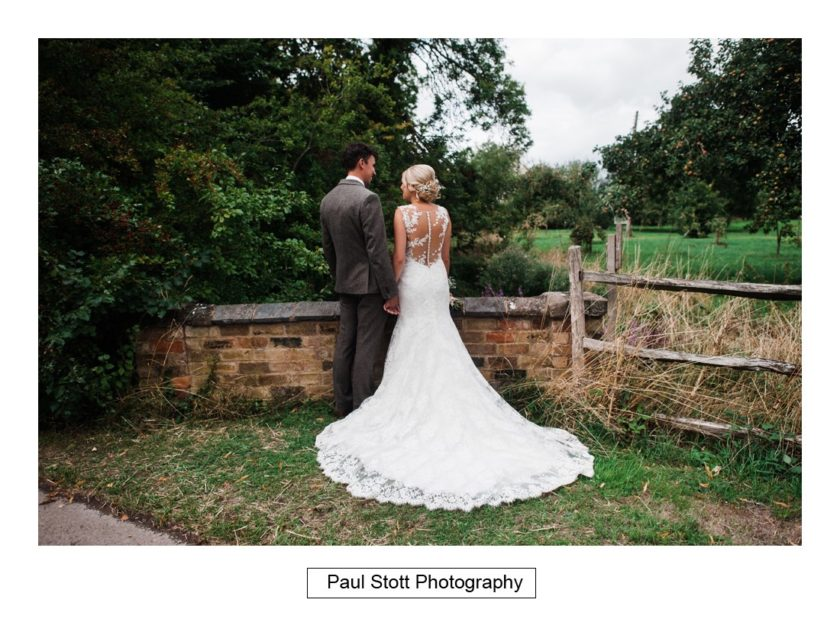 wedding photography wickhamford church 003 - Crow Farm - Gemma and Phil