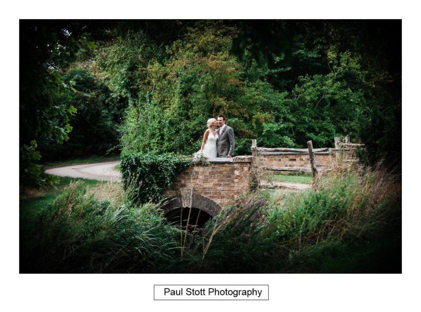 wedding photography wickhamford church 004 - Crow Farm - Gemma and Phil