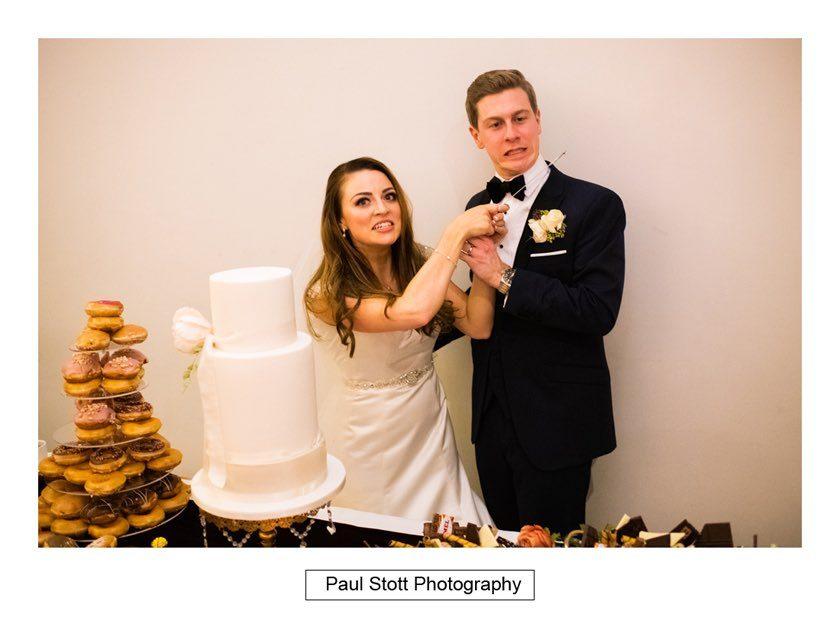 Cutting_Cake_Froyle_Park_002