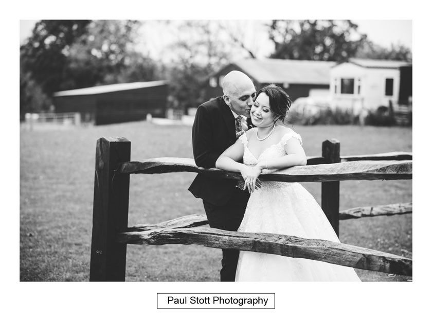 bride groom taylors farm retreat - Wedding Photography Taylors Farm - Sylvie and Paul
