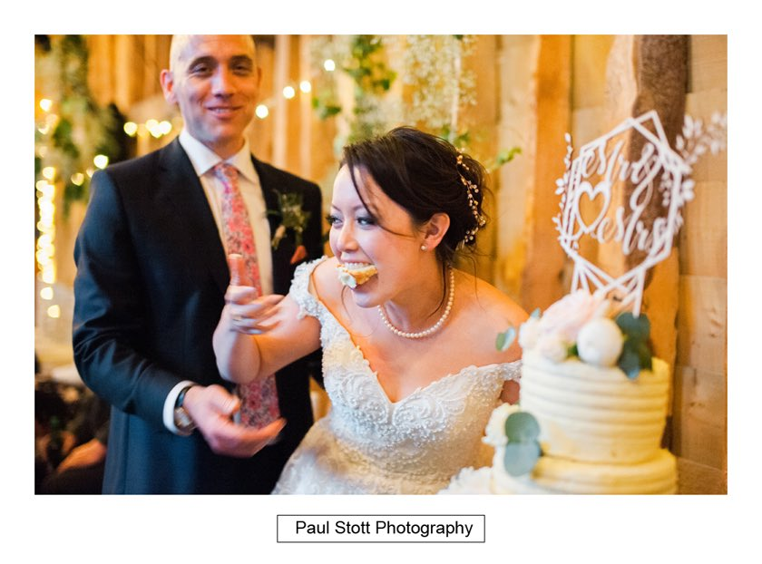 cutting the cake 002 - Wedding Photography Taylors Farm - Sylvie and Paul