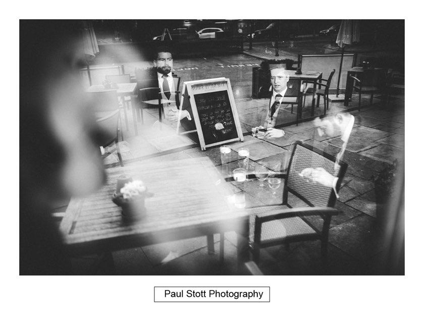 groom ushers pub 002 - Hampton Court House Wedding Photography - Phil and Vittoria
