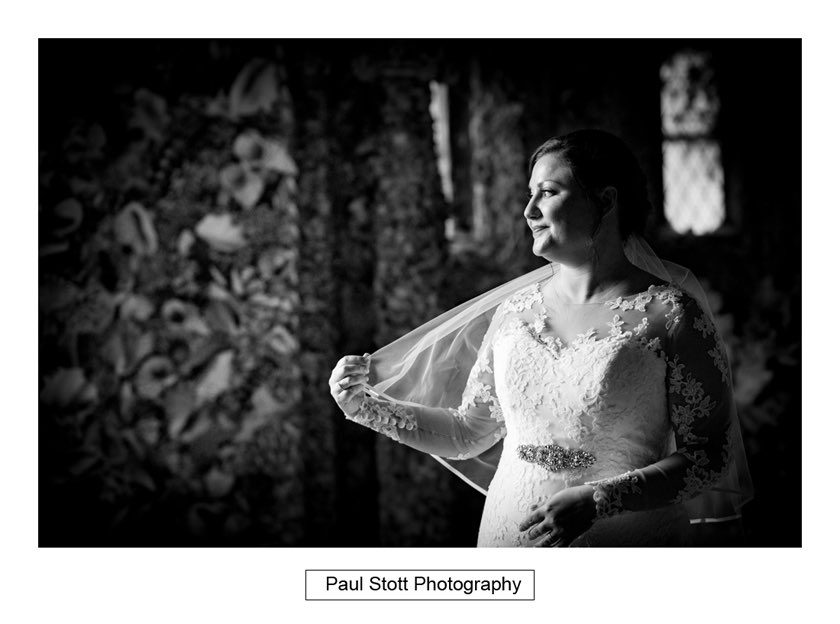 surrey_wedding_photography_hampton_court_house_002