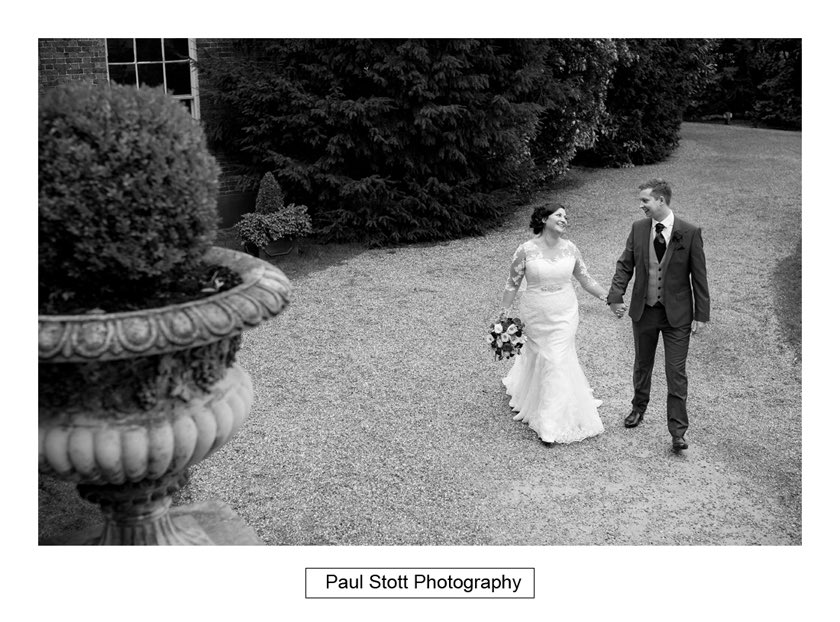 surrey wedding photography hampton court house 012 - Hampton Court House Wedding Photography - Phil and Vittoria