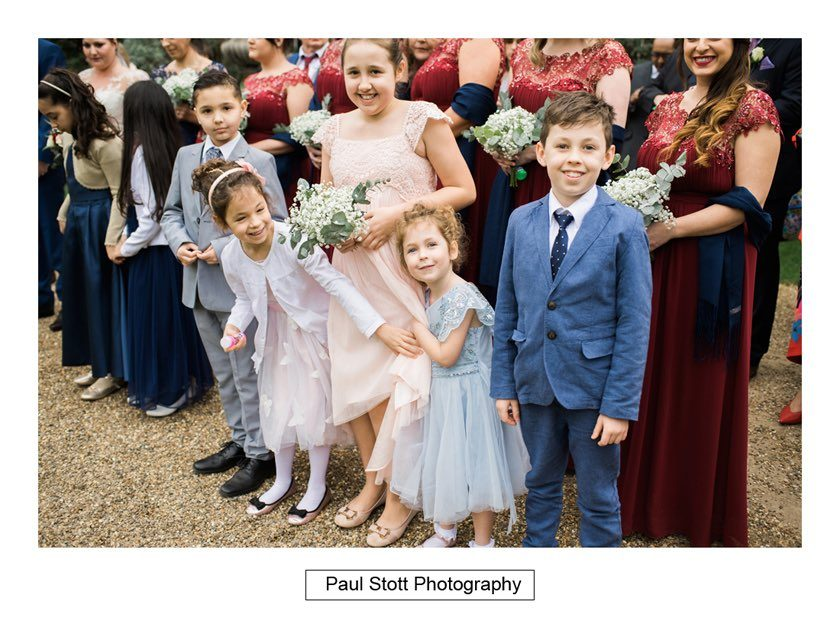wedding_guests_hampton_court_house_002