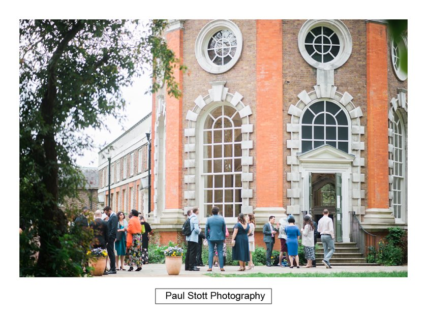 wedding mingling new orleans gallery - Wedding Photography Taylors Farm - Sylvie and Paul