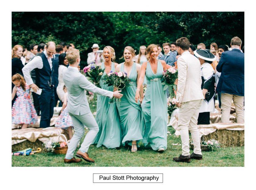 085_woodlands_farm_wedding_ceremony_025