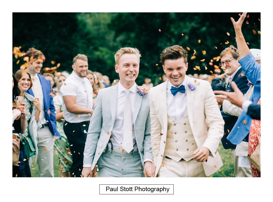 094 woodlands farm confetti 002 - Wedding Photography Woodlands Farm  - Misha and Greg