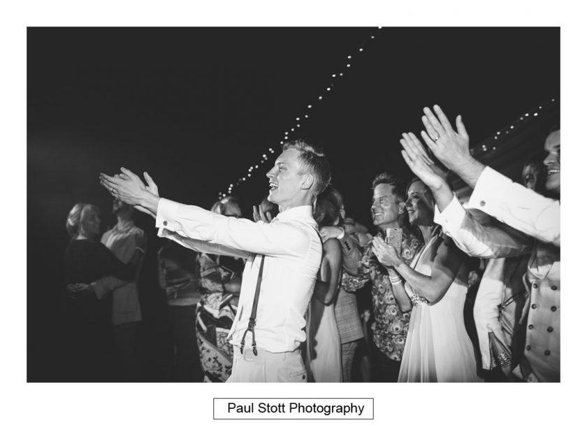 153_woodlands_farm_wedding_reception_006