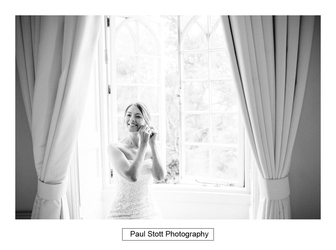176 pennsylvania castle wedding preparation 008 - Wedding Photography Penn Castle - Alastair and Ksenia
