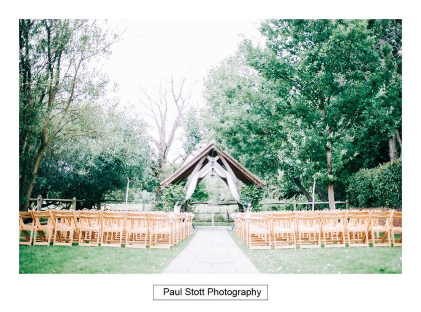 252_millbridge_court_wedding_preparation_015