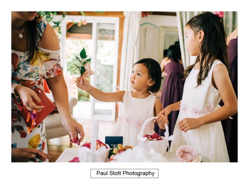 385_high_house_wedding_preparation_011