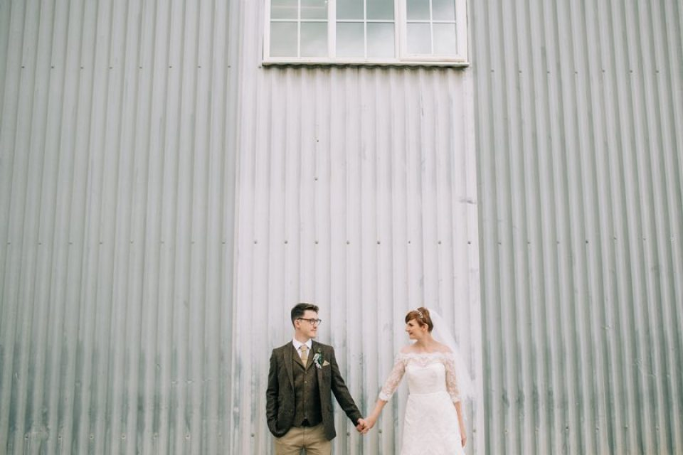 bride groom stokes farm barn 960x640 - Home
